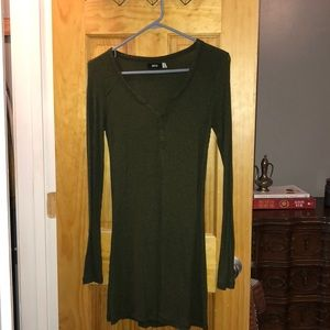 UO BDG Long Sleeve Henley Sweater Dark Olive Green